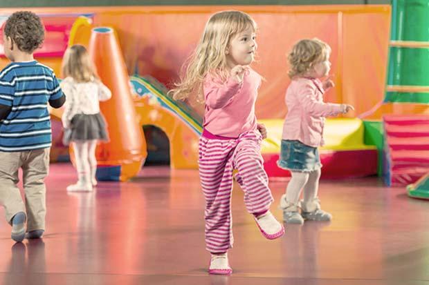 ciri-ciri perkembangan anak usia 0-2 tahun